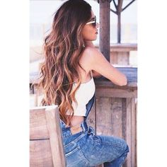 Beach Waves HAIR The #1 Summer Hairstyle Trend ❤ liked on Polyvore featuring hair, hairstyles, people, filler and outfit