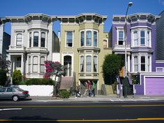 The San Francisco Image: painted ladies with people walking by
