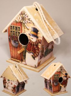 snowmen birdhouses-ideas for xmas Birdhouse Craft, Birdhouse Designs, Decorative Bird Houses, Bird Houses Painted, Primitive Christmas, Christmas Crafts, Christmas Decorations, Distressed Furniture Painting, Pintura Country