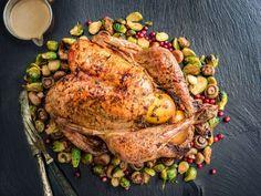 Täytetty joulukalkkuna Turkey, Meat, Recipes, Food, Christmas, Peru, Beef, Yule, Meal