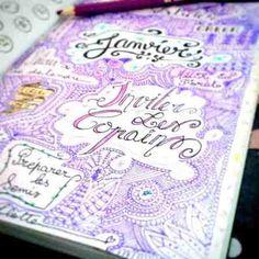20 idées de mises en page pour customiser votre Bullet Journal. Le Bullet Journal est un outil qui va révolutionner votre quotidien et faire de vous une personne plus productive.