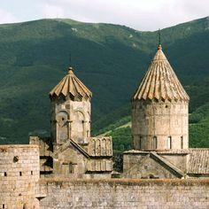 Top 5 attractions of Armenia and Nagorno-Karabakh