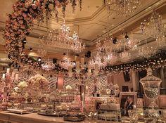 Harika bir düğün aşık oldum! A 46 organizasyon-wedding table-devoration Ciragan sarayi in istanbul- turkiye - turkey -turkish wedding - class- elegant- gelin damat- wedding details- bride-groom/- bridal- çırağan palace- in Turkey- aslıhanmete