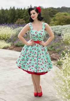 dresses - discover gorgeous vintage and rockabilly styles 25 Ideas Rockabilly dresses and dresses in general are totally trendy in 2015 and continue to fascinate ladies of all ages! These gorgeous dresses usually . Robes Rockabilly, Rockabilly Stil, Rockabilly Outfits, Rockabilly Fashion, Retro Fashion, Vintage Fashion, Fashion 2018, 50s Dresses, Vintage Dresses