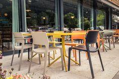 #Restaurant #Hias #Terasse #Arper #Juno #italiandesign #outdoor #colourful #interiordesign #createidentity #area
