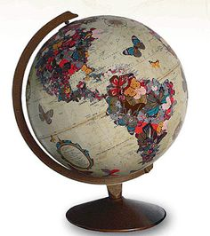 Brabourne Farm: Love .... Art on Globes