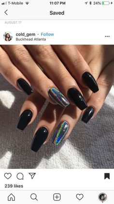 How to choose your fake nails? - My Nails Holographic Nails Acrylic, Black Acrylic Nails, Best Acrylic Nails, Acrylic Nail Art, Acrylic Nail Designs, Black Chrome Nails, Black Glitter Nails, Nail Black, Black Nail Designs
