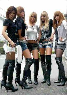 Gyaru Fashion, 2000s Fashion, Asian Fashion, Thigh High Boots Heels, Hot High Heels, Sexy Boots, Black Boots, Lady, Long Boots