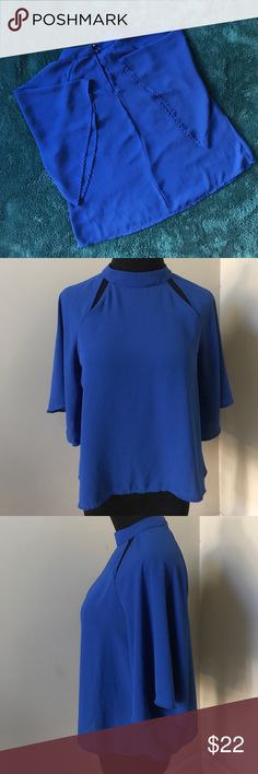Lelis Short Sleeve Cutout Flutter Top Beautiful blue blouse. Brand carried by Nordstrom. lelis Tops Blouses