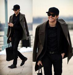 #coat #bag #sunglasses #black #streetstyle #style #menstyle #manstyle #menswear #fashion #mensfashion