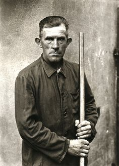 august sander photographs -Farm Worker