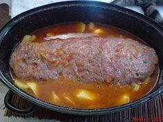 ΜΑΓΕΙΡΙΚΗ ΚΑΙ ΣΥΝΤΑΓΕΣ: Ρολό κιμά με πατάτες, κλασικό Κυριακάτικο φαγητό!! Meatloaf, Pork, Beef, Recipes, Pork Roulade, Meat, Pigs, Rezepte, Ox