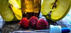 Domácí lékárna: Na bolest hlavy vyzkoušejte tvaroh a od rýmy prý pomůže citron v ponožkách   BydlímeKvalitně.cz Plum, Fruit, Food, Essen, Meals, Yemek, Eten