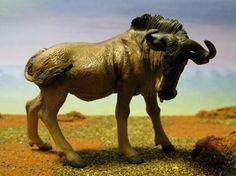 Blue Wildebeest (Papo - Wild Animals) - Animal Toy Forum