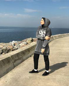 #fashion #fashionstyle #styling #style #hijab #hijaber #hijabstyle #street #streetstyle #fashionweek #moda #sokakmodası #sitil #stil #kıyafet #tunik #turkey #hijabfashionstyle #arzupalut