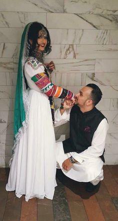 Afghan Clothes, Afghan Dresses, Afghan Wedding, Vintage Wear, Afghanistan, Traditional Outfits, Rajputi Dress, Saree, Afghans