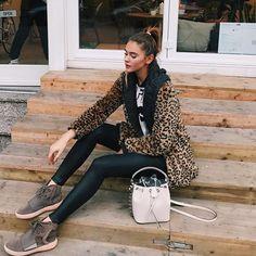 WEBSTA @ stefaniegiesinger - Hi Monday#ootd (shoe-love❤️)