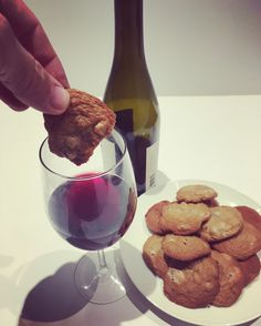 And for dessert there's always wine and Mom's homemade chocolate chip cookies Billy Kolber & David Durán #winewednesday