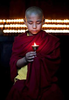 Novice Monk Holding Candle by Hugh Sitton Buddha Zen, Buddha Buddhism, Buddhist Monk, Tibetan Buddhism, Buddhist Art, We Are The World, People Of The World, Avatar, Little Buddha