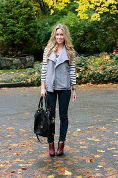 Long comfy vest with stripes and heels, and great slouchy bag