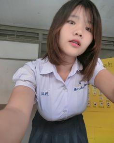ในภาพอาจจะมี 1 คน Cute Asian Girls, Beautiful Asian Girls, School Girl Fancy Dress, University Girl, Cute Japanese Girl, Thai Model, Girls Uniforms, School Fashion, Asian Woman
