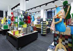 The British Museum   Window Displays, Visual Merchandising, Retail Design   PLANarama