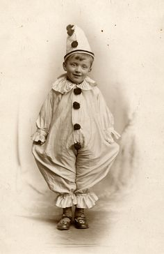 Pierrot, is not a clown type but a specific clown character from European Pantomime that is associated with a specific costume and make-up a. Vintage Children Photos, Vintage Pictures, Old Pictures, Vintage Images, Old Photos, Vintage Abbildungen, Vintage Clown, Vintage Postcards, Vintage Prints
