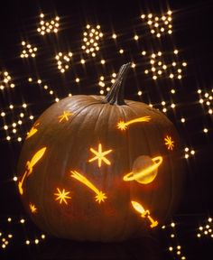 The Halloween season is here. The same old Pumpkin decoration will not be enough to fulfill your excitement. Here are some pumpkin carving ideas that would. Small Pumpkin Carving Ideas, Awesome Pumpkin Carvings, Amazing Pumpkin Carving, Pumpkin Ideas, Pumpkin Pumpkin, Pumkin Carving Easy, Pumpkin Carving With Drill, Pumpkin Contest, Pumpkin Carving Patterns