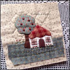 El Mundo de MariLoli House Quilt Block, House Quilts, Quilt Blocks, Patchwork Quilt Patterns, Applique Quilts, Japanese Patchwork, Applique Tutorial, Newspaper Crafts, Hand Applique