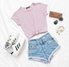 Short jeans/ blusa