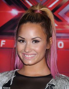 Ombré hair Demi Lovato