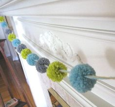 Pom-pom garland - kids room