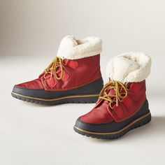 963f0080f3 Sundance COZY CARNIVAL BOOTS -- Get the classic Sorel® look in these  versatile and