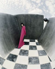 """Edie Campbell plays a version of Alice in Wonderland in """"Check-Mate"""" by Tim Walker for Vogue Italia, December 2015 Editorial Photography, Amazing Photography, Art Photography, Fashion Photography, Contemporary Photography, Glamour Photography, Creative Photography, Lifestyle Photography, Edie Campbell"""