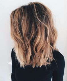 Highlight ABC: What do the hair color trends Balayage, Sombré & Co mean? - Marleen - - Strähnchen-ABC: Das bedeuten die Haarfärbe-Trends Balayage, Sombré & Co! brunette brown and blonde - Lob Hairstyle, Long Bob Hairstyles, Short Haircuts, Hairstyle Ideas, Medium Haircuts, Trending Hairstyles, Hairstyles 2018, Lob Haircut Thick Hair, Haircut Short