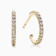 Brincos de argola Tiffany Metro em ouro 18k com diamantes, pequenos.