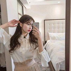 Korean Fashion On The Streets Of Paris Pretty Korean Girls, Cute Korean Girl, Pretty Asian, Asian Girl, Mode Ulzzang, Korean Boys Ulzzang, Ulzzang Couple, Korean Aesthetic, Aesthetic Girl