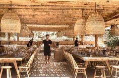 scorpios_mykonos_restaurant_day