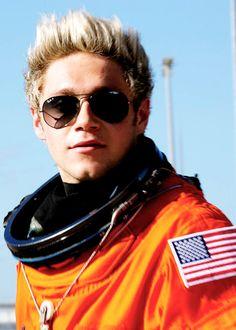 Niall Horan - Drag Me Down