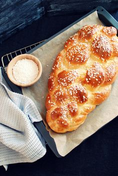 Austrian Recipes, Overnight Oats, Snacks, Pepperoni, Hot Dog Buns, Pizza, Bread, Baking, Healthy