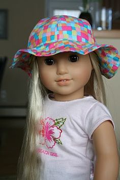 Diary of a Stay at Home Mom: Free sewing patterns for American Girl Dolls and other 18 inch dolls. Hat made from Molly's Rain Hat pattern. Sewing Doll Clothes, Sewing Dolls, Girl Doll Clothes, Girl Dolls, Ag Dolls, Barbie Doll, American Girl Crafts, American Doll Clothes, American Dolls