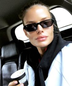 Alena Blohm, Dating Black Women, 2 Broke Girls, Girls Show, Sexy Women, Street Style, Mood, Sunglasses, Instagram