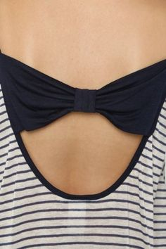 ***Bow Striped Top *** Scoop neck bow back striped knit top with long sleeves.