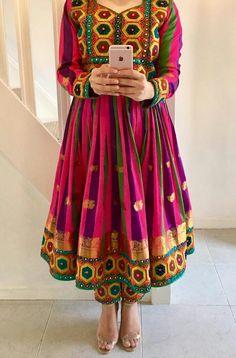 Punjabi Fashion, Indian Fashion, Pakistani Outfits, Indian Outfits, Afghani Clothes, Afghan Girl, Hippy Chic, Afghan Dresses, Pakistan Fashion