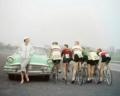 The tour de fashion! :) #1950s #vintage #fashion #bicycles