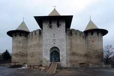 Soroca Moldova, Medieval Town, Forts, Story Ideas, Palaces, Romania, Old World, Barcelona Cathedral, Maps