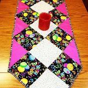 Sew Easy Table Runner - via @Craftsy