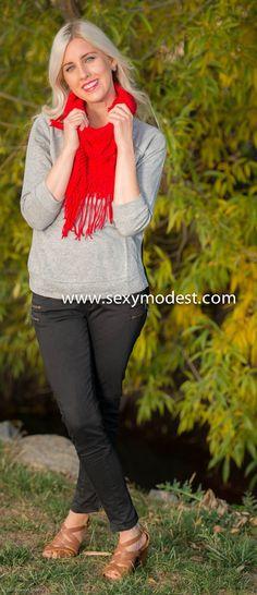 www.sexymodest.com  #fall #scarf #red #model #love #beautiful #pretty #fashion #fashionblog #design  Follow us on Instagram @modestshoppin