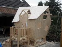 Jambaree.co.uk Crooked House - Enchanted Creations Playhouses & Treehouses