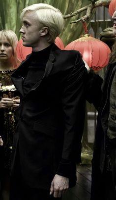 Mundo Harry Potter, Harry Potter Draco Malfoy, Harry James Potter, Harry Potter Jokes, Harry Potter Pictures, Harry Potter Fandom, Harry Potter Characters, Tom Felton, Hogwarts